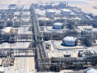 Ropné pole - Saudi Aramco - cena ropy