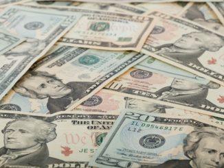 Peníze - bankovky - dolary - nejbohatší zbohatli - USD
