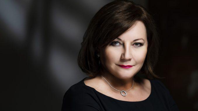 Alena Schillerová - MF ČR - deficit 250 mld. Kč